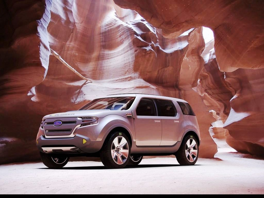 Ford Explorer 5-фото