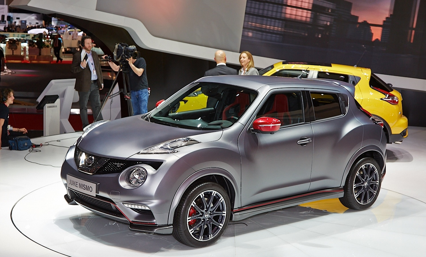 nissan-juke-nismo-rs-facelift-debuts-in-geneva-with-218-hp-live-photos 2